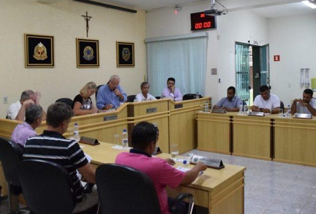 Vereador pede recapeamento da estrada do Camanducaia