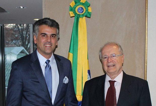 Embaixador do Brasil nos EUA se encontra com Gustavo Reis