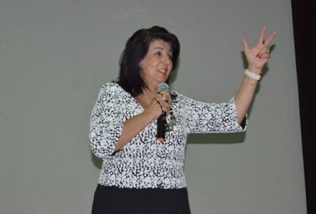 Educação investe na formação continuada de professores e promove palestra com especialista