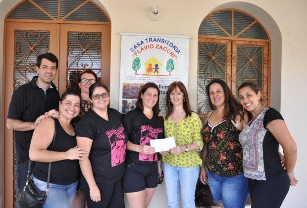 Dia B da Beleza arrecada mais de R$2 mil para Casa Transitória