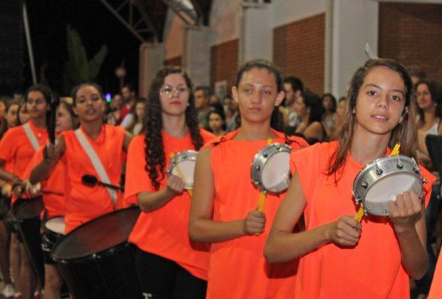 Carnaflores anuncia atrações dos bailes populares