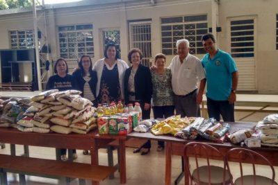 Albergue noturno recebe alimentos arrecadados na 5º Roseira Race