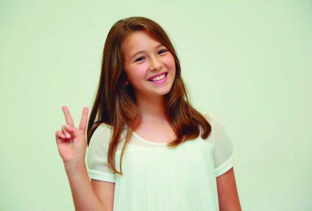 """Participante do """"The Voice Kids"""" anima a Tarde Feminina do Cosmopolitano"""
