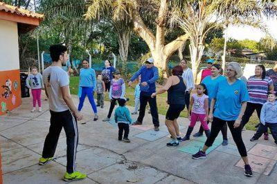 Educação promove caminhada saudável no Palmeiras
