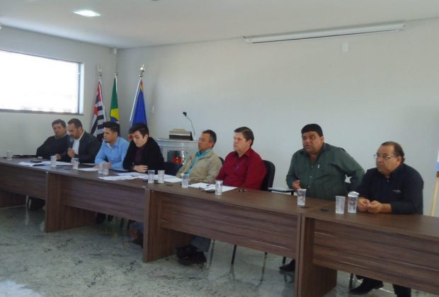 Vereadores se reúnem com organizadores e Prefeitura para esclarecer dúvidas sobre Expo Artur
