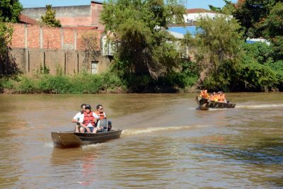 Estudantes participam de projeto ecológico em Martinho Prado Júnior