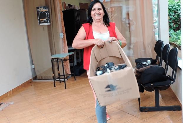 Fundo Social faz distribuição de roupas e cobertores arrecadados na Campanha do Agasalho 2017