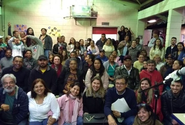 """Alunos e professores do CEJA comemoram encerramento do projeto """"Festa das nações"""""""