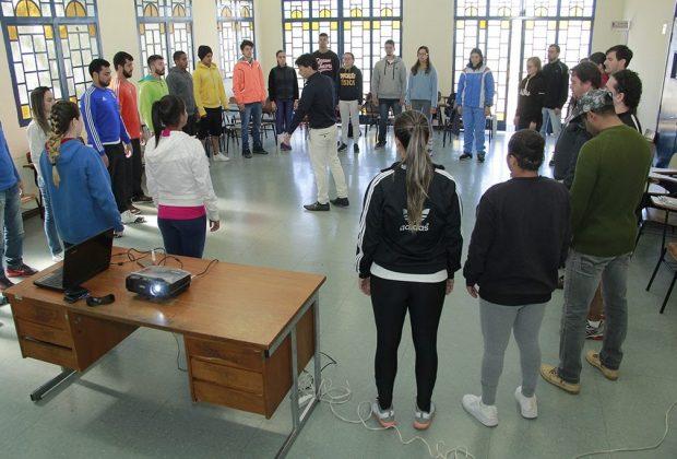 Profissionais da SEJEL participam de semana de estudos
