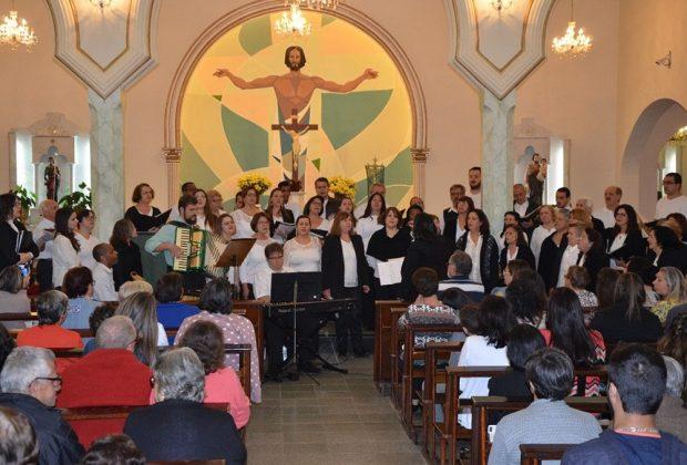 Apresentação do Coral Cidade reúne 150 no Cubatão