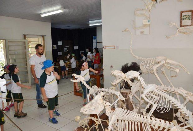 Museu de História Natural ministra aula prática de Turismo Sustentável