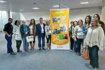 Cidades da RMC se reúnem em Holambra para discutir Educação