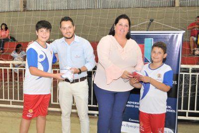 Projeto Social atende 400 crianças em núcleos esportivos