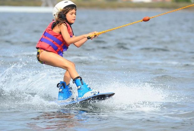 Jaguariúna abre inscrições para aulas gratuitas de wakeboard a crianças e adolescentes