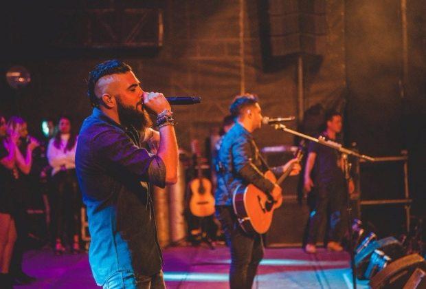 Henrique & Juliano, Zé Neto & Cristiano e DJ Samhara abrem a 29ª edição do Jaguariúna Rodeo Festival