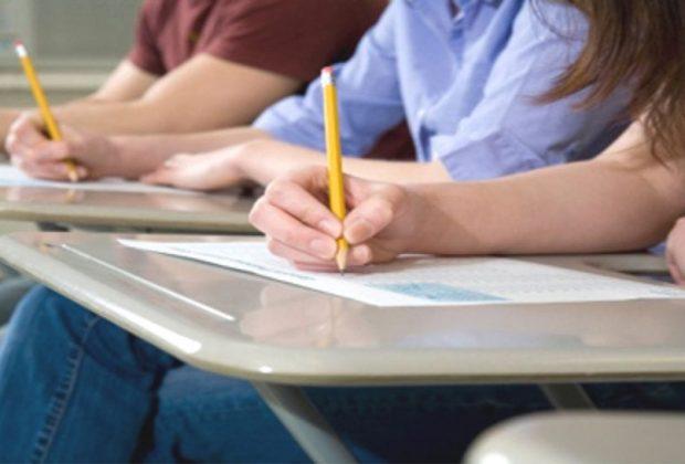 Instituição leva simulados de vestibulares às escolas públicas