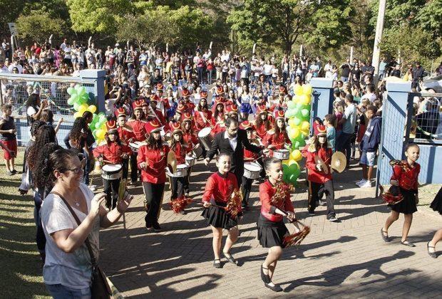 Escola Amiga da Primavera agita comunidade do Tanquinho neste sábado
