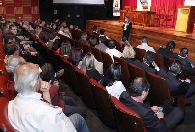 Fórum Empresarial atrai centenas de micro e pequenos empresários