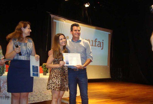 Curso de enfermagem da UniFAJ capacita profissionais de creches de Artur Nogueira