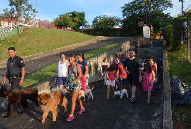 Ong Xodó de Bicho promove a 6ª 'Caminhacão'