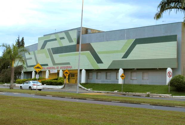 Prefeitura repassa verba para o 13º salário de servidores do Hospital Municipal