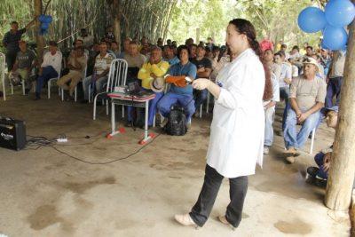 Funcionários da Secretaria de Obras recebem palestra da campanha Novembro Azul