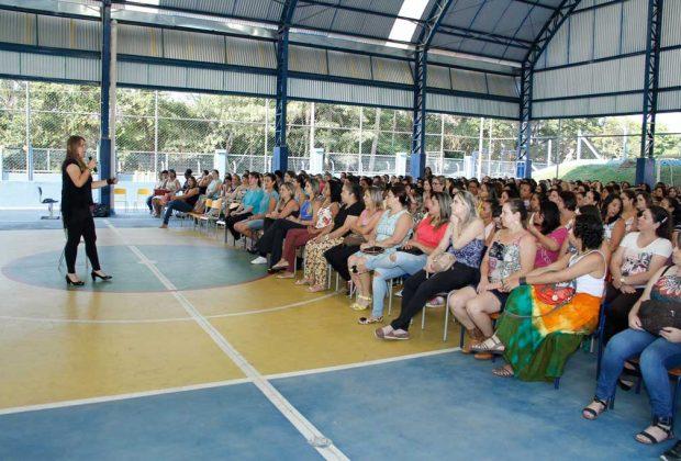 Palestra de Maibí Mascarenhas  encerra ciclo de formação continuada na Educação