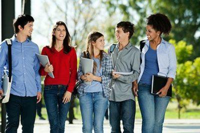 Inscrição para vestibular da Univesp também pode ser feita na Escola Amâncio Bueno