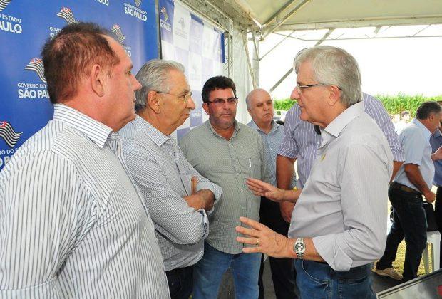 Prefeito de Mogi Guaçu leva pedido ao Governador Geraldo Alckmin