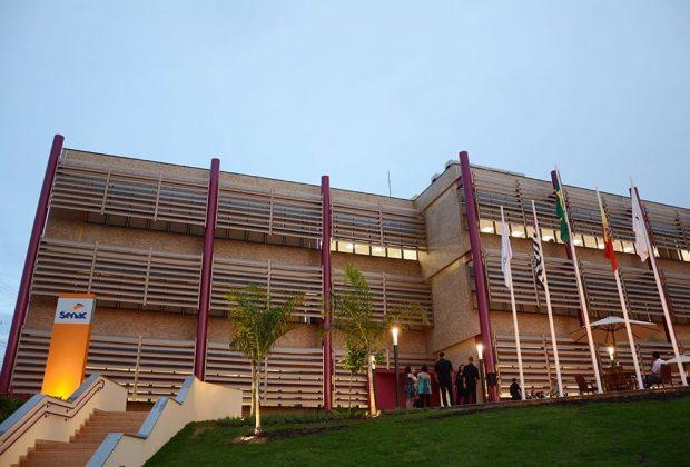Com mercado de beleza aquecido,Senac Mogi Guaçu abre inscrições para 11 cursos na área