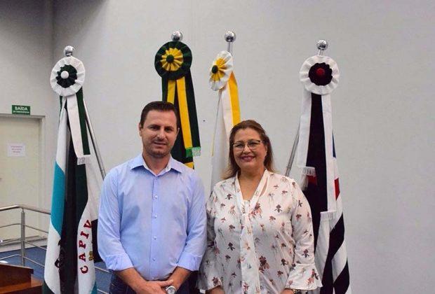 Vereadora Naiara Hendrikx visita Câmara de Capivari