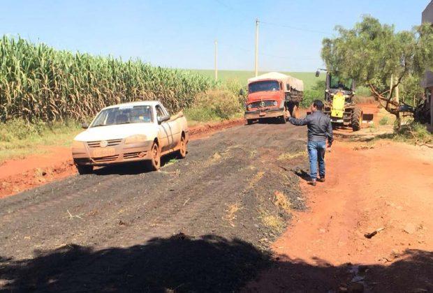 Prefeitura de Engenheiro Coelho realiza melhorias na estrada do Forner