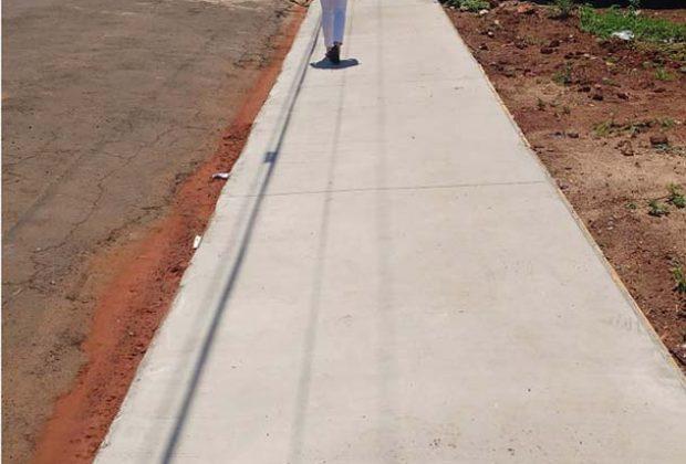 Prefeitura de Engenheiro Coelho irá autuar proprietários de imóveis com calçada irregular
