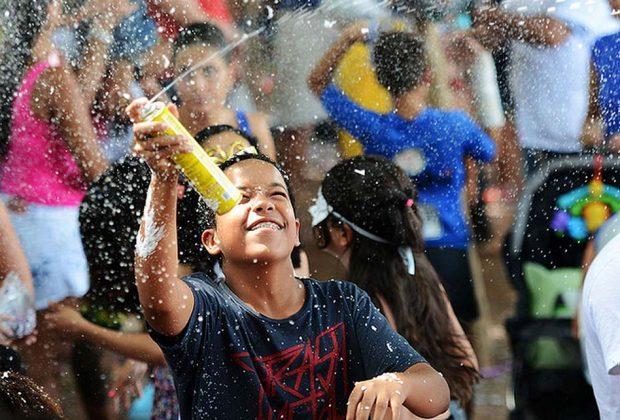 Juíza proíbe uso de sprays, bisnagas e confetes de isopor no Carnaval de Itapira