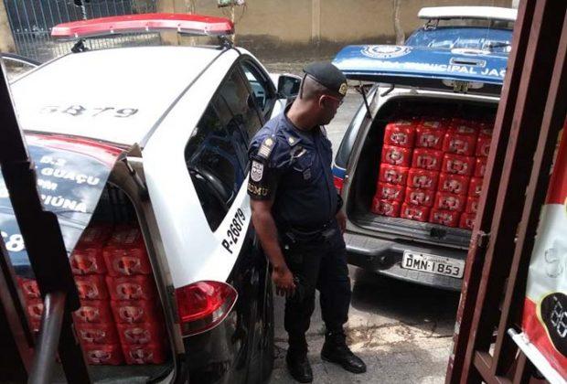 Polícia Civil recupera mais lotes de carga roubada, em dois comércios da cidade