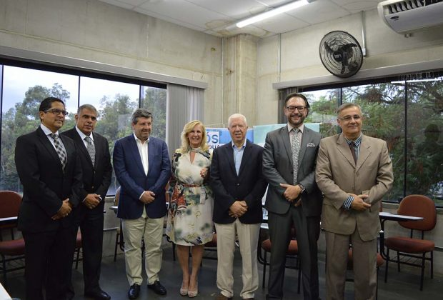 Ex-ministro das Finanças de Portugal e secretário de Estado da Saúde falam de economia e saúde na UniFAJ