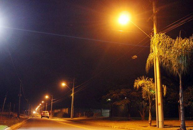 Prefeituraconcluí iluminaçãopúblicanaHBR10