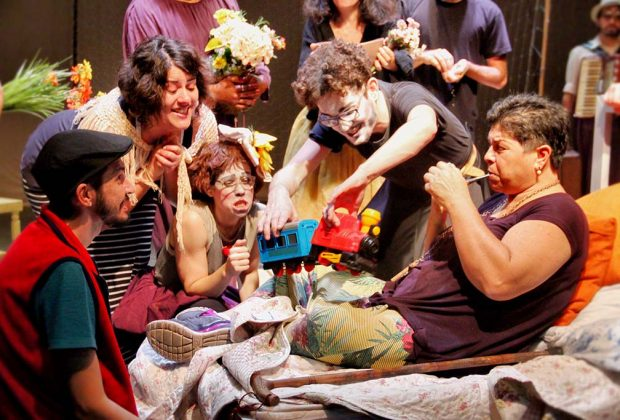 Os Geraldos fazem pré-estreia de espetáculo em comemoração a 10 anos