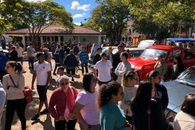 Encontro de Carros Antigos é no domingo na praça Pádua Salles
