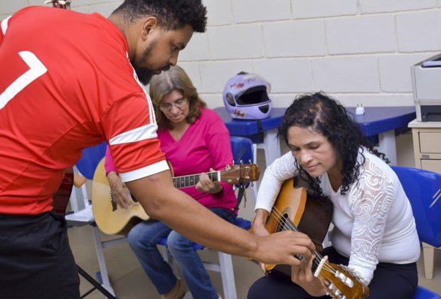 Prefeitura leva cursos gratuitos da Escola das Artes aos moradores dos residenciais Jaguariúna I e II