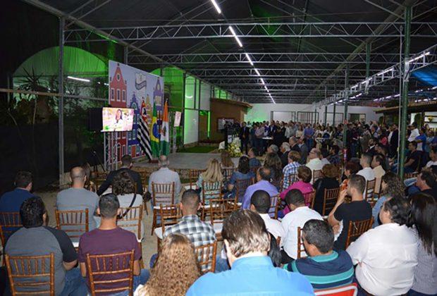 Faculdade de Agronegócios de Holambra comemora um ano com inauguração de biblioteca