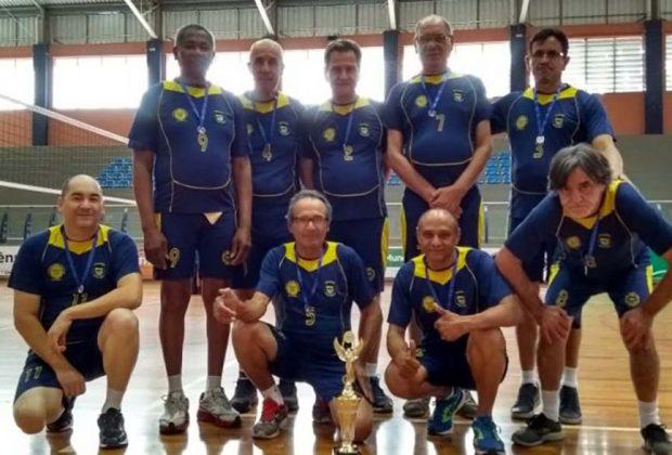 Jaguariúna encerra sua participação na ADR com troféu no vôlei