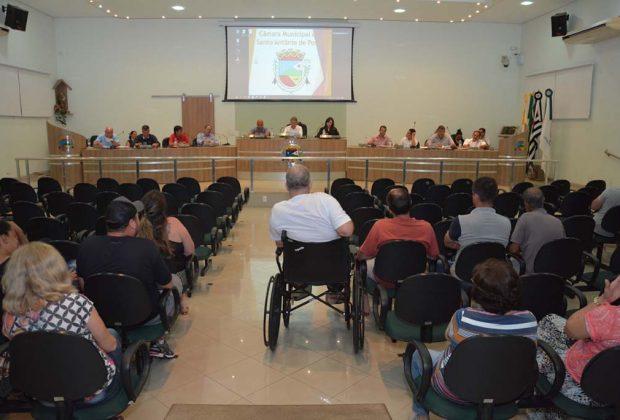 Câmara aprova projeto que regulamenta uso da internet no serviço público municipal e outras 3 matérias na última Sessão