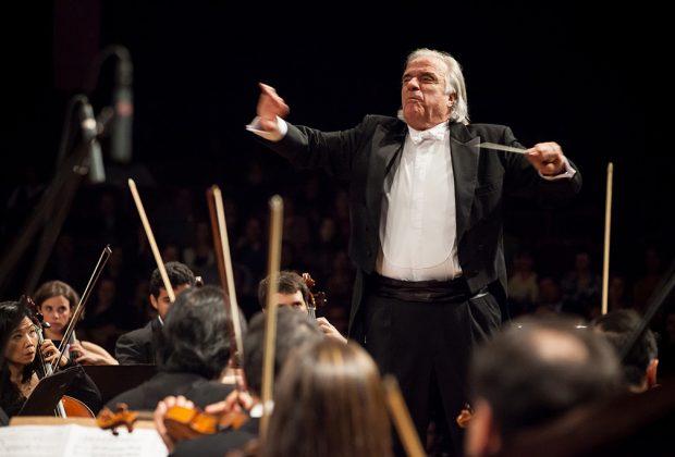 Maestro e pianista João Carlos Martins participa de concerto da Sinfônica de Piracicaba