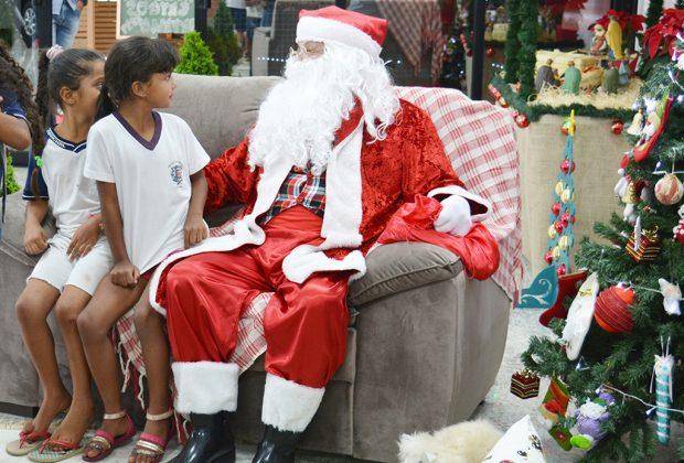 Vila de Natal e Papai Noel, até domingo, na Acico