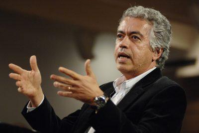 """""""Quem sou eu?"""": Café Filosófico CPFL discute os impactos das mudanças tecnológicas e sociais em nossa identidade"""