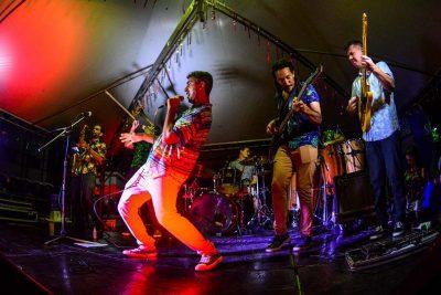 Bloco Groove na Cabeça e Banho da Dorothy são opções neste Carnaval