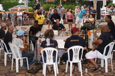 """""""Samba no Parque"""" edição de Carnaval agita Parque Santa Maria"""