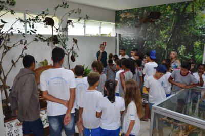 Alunos de Itapira e Lindóia participam de ação de educação ambiental