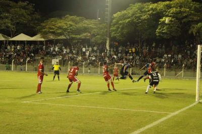 Tem início maior campeonato de futebol amador da região